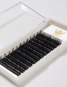 Premium-Silk-Eyelashes-Detail-1