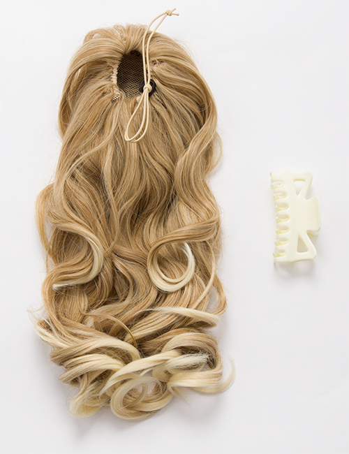 Rosie Claw Clip Reversible Curly Ponytail